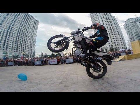 Stunter Nozaki - Pha biểu diễn mô tô và Exciter nghệ thuật thót tim tại Yamaha Rev Tour ✔