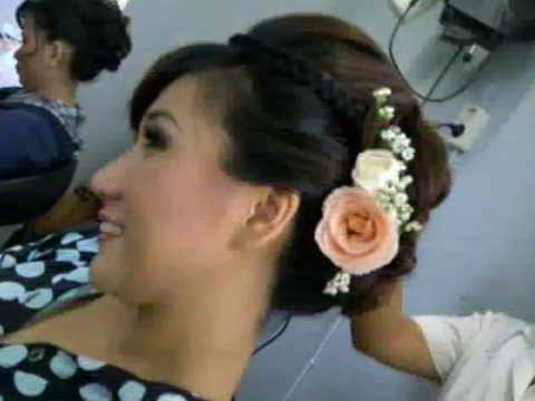 Voni Khoe - Make Up & Hair Do - Bali