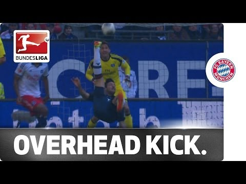 Pizarro's Brilliant Overhead Kick Pushes Hamburg Closer to the Trap Door