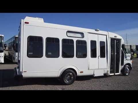 Used Shuttle Bus - 2007 Supreme Startrans Shuttle Bus 17 Passengers or 13 plus 2 Wheelchairs S20935