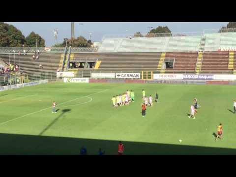 Copertina video Cremonese-Piacenza, squadra esulta con i tifosi