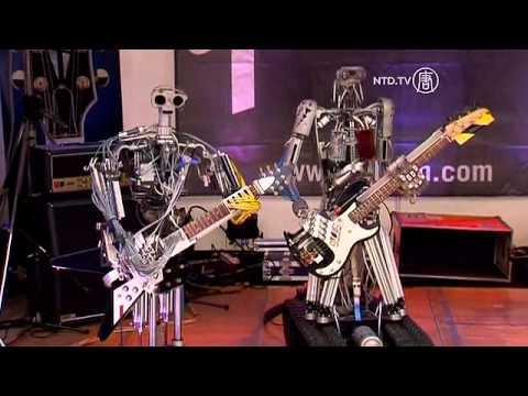 Robot Siêu Sao chơi Nhạc Rock hạng nặng