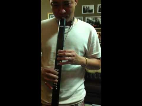 Akai ewi instrument