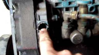advance timing on dt466 youtube rh youtube com Mechanical Fuel Pump Diagram Fuel Pump Troubleshooting