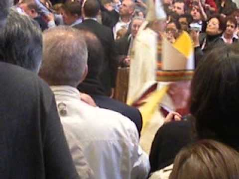 Pope Benedict XVI - walking with all the cardinals in St. Peter's Basilica - Pape Benoit 16