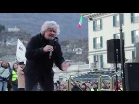 UN SUPER BEPPE GRILLO A SONDRIO - TSUNAMI TOUR 2013 - MOVIMENTO 5 STELLE