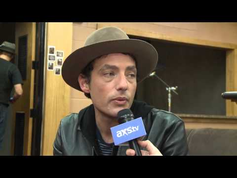 Jakob Dylan talks Love For Levon, Wallflowers, & Tom Hanks