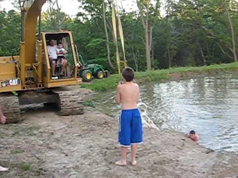 Redneck rope swing - YouTube