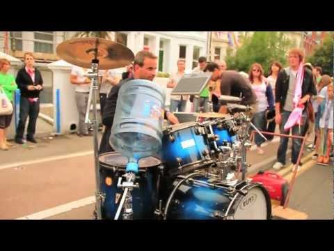 Incredible street drummer - Oded Kafri, Gay Pride 2011