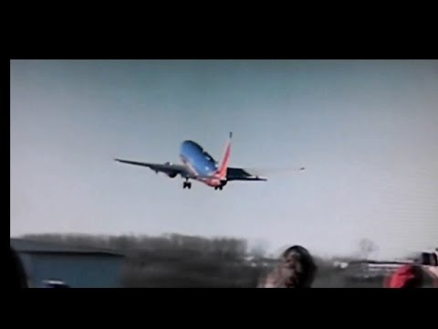 Watch Emergency Take-Off - Southwest Airlines 737 (Branson, Missouri)