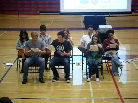 Watch Video of Glee Cast Volunteering  for the Young Story Tellers
