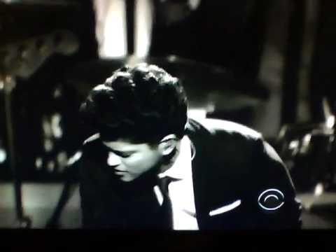 Bruno Mars Grammys Performance 2011! Full Video!