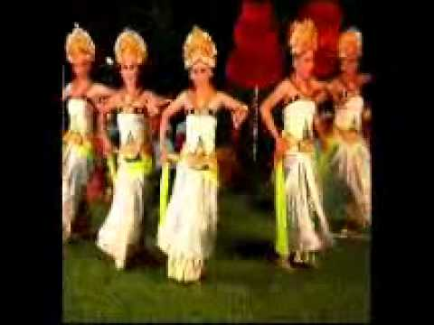 FOLKWORLD Present   The Sweta Bangkaja Dance part 2
