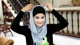 Toko Ghifari Cara memakai Jilbab Pasmina.flv view on youtube.com tube online.