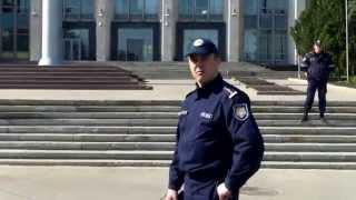 Poliția păzește florile, nu drepturile omului?!