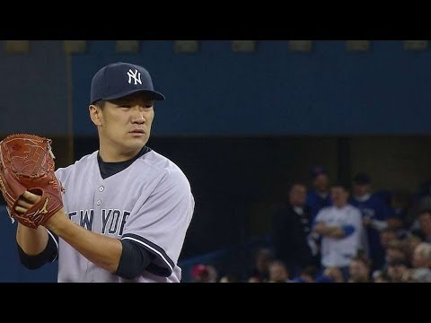 NYY@TOR: Tanaka tosses first career pitch for strike