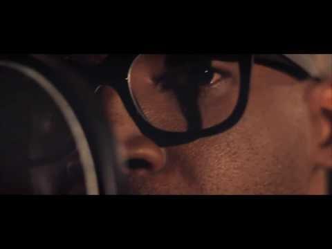 Bruno Black canta OM (Djavan) no Tv Sala Grande