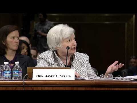 Sen. Warren asks Fed Chair Yellen about efforts to end TBTF