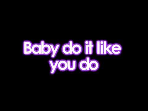 [HD] Justin Bieber (ft. Nicki Minaj) - Beauty And A Beat (Lyrics)