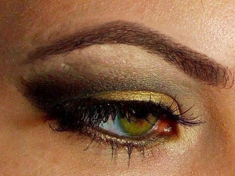 how to hazel eyes black gold smokey eye makeup glamour