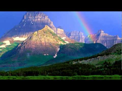 Israel Kamakawiwo'ole - Somewhere Over The Rainbow.