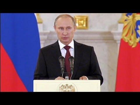 Putin calls for peace in Ukraine