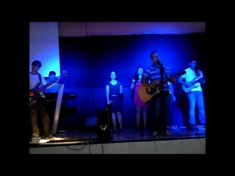 Pai Nosso (Revolution Band) - Min. de Louvor Aos Teus Pés