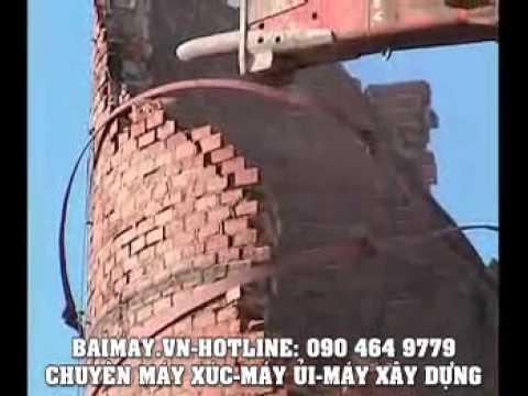 Máy xúc phá dỡ nhà máy