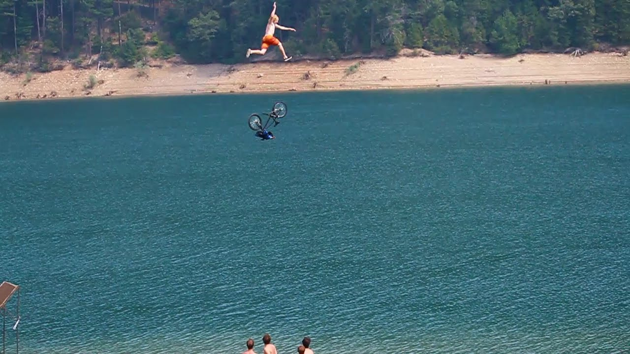 Biggest bicycle jump into a lake - Just another day at the lake with the boys. Manday Monday style. facebook.com/worthlessfilms www.worthlessfilms.net IG@worthlessfilms