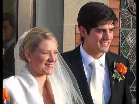 Dec 2011 (HD): Alastair Cook - Alice Hunt Wedding Scenes