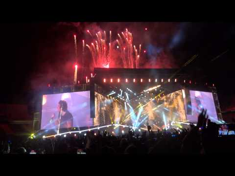 One Direction - (Live in Barcelona, Where We Are Tour 2014)