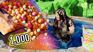 1000+ BATH BOMBS CHALLENGE! I Put 1000 Bath Bombs In My Jacuzzi