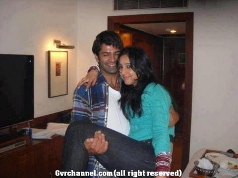 Pashmeen Manchanda And...