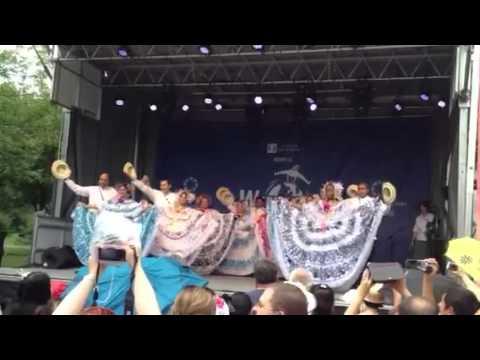Folklor Panameño en Canada