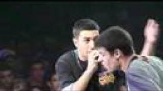 Red Bull-Batalla De Gallos 2006- Rayden Vs Yeah Jon