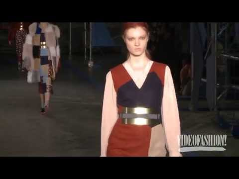 Roksanda Ilincic Fall 2014 London Fashion Week Backstage, interviews & runway - Videofashion