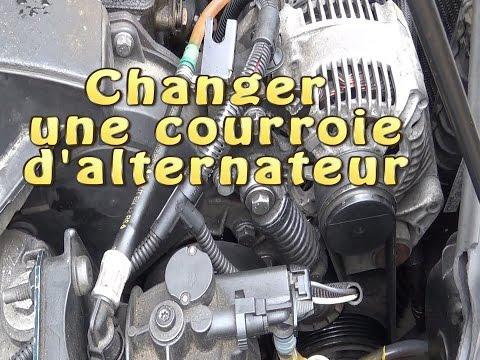 Changer une courroie alternateur / accessoires