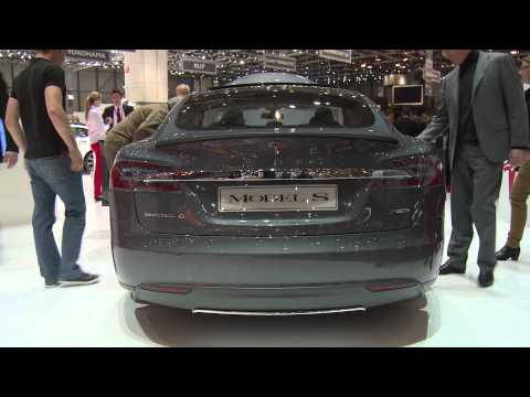 Premieres Geneva Motor Show 2014 - Tesla Motors Model S