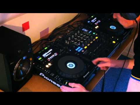 Pioneer CDJ 900 and DJM 900 nexus Drum and Bass Mix #2