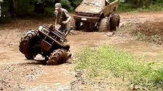 MUD TRUCKS HOW TO GET HONDA UNSTUCK! S-10 On 54 BOGGERS