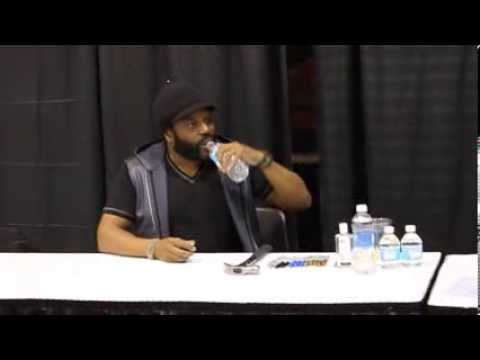 Chad Coleman at Walker Stalker Con - Chicago 2014