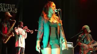 Awadi - Bebeyo [Live]