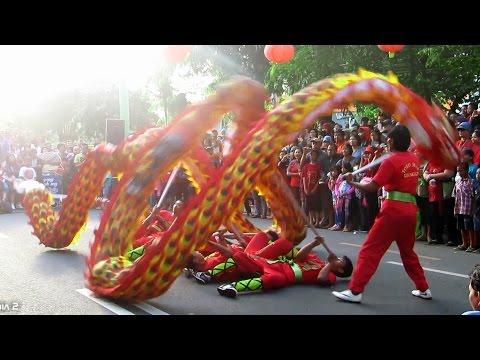 Atraksi Naga LIONG Barongsai | Seru Lihat Lebih Dekat (Chinese Dragon Dance) at Car Free Day Jogja