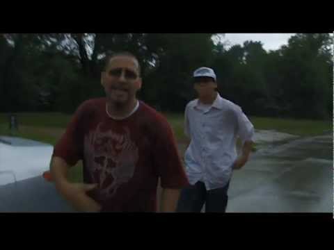 NUEVO !!! El8Mensajero - It's Raining Ova Me - Official Music Video HD