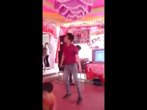 Trách Ai Vô Tình- Người yêu cũ hát tặn cô dâu trong đám cưới !!