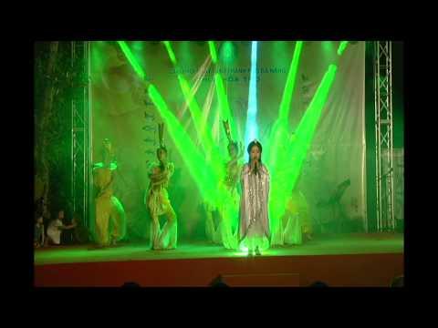 Lời Ru Của Mẹ - Bé Hồng Minh diễn tại Chùa Hòa Thọ - TP Đà Nẵng