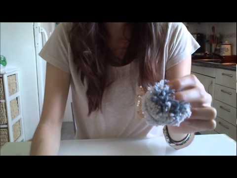C mo hacer pompones de lana youtube - Como hacer pompones ...