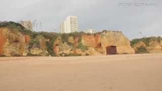Caminhada na Praia da Rocha (Portima?o)