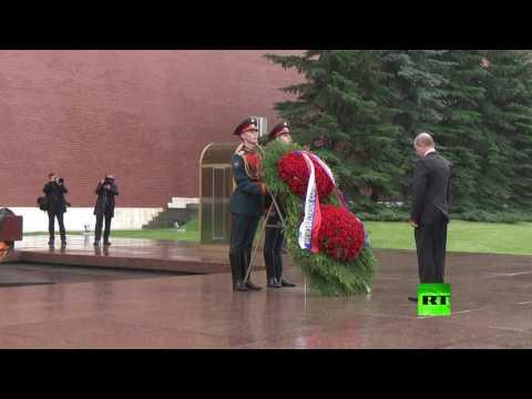 بوتين يرفض استخدام المظلة