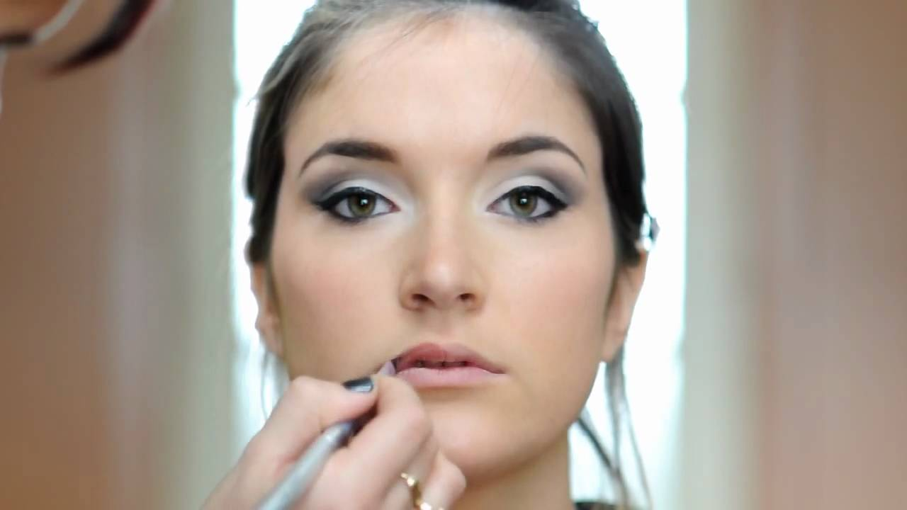 Maquillage Yeux De Biche Youtube